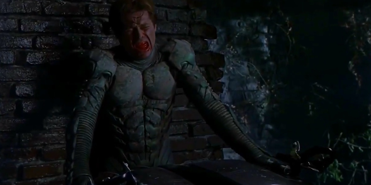 The Best Comic Book Panels Recreated in Spider-Man Movies - The Goblins Death (Movie Version)