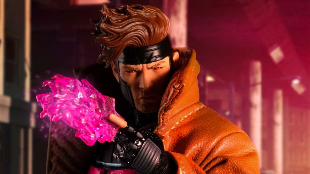 Mezco Gambit - Power Effect