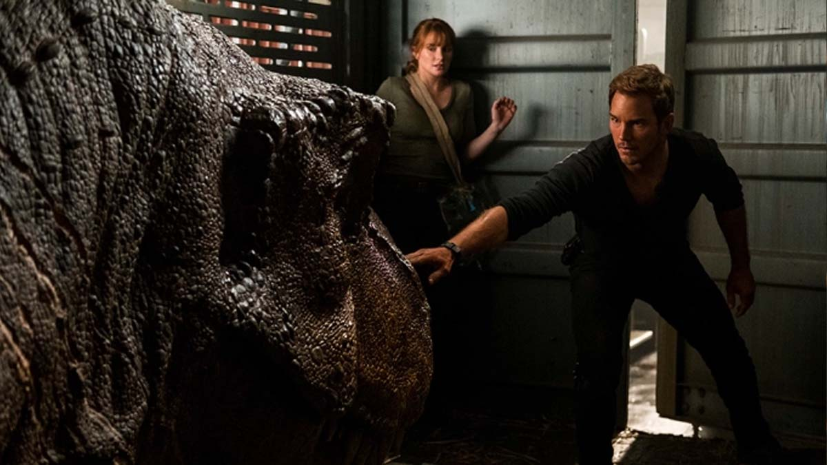 Jurassic World: Fallen Kingdom - Owen and Claire