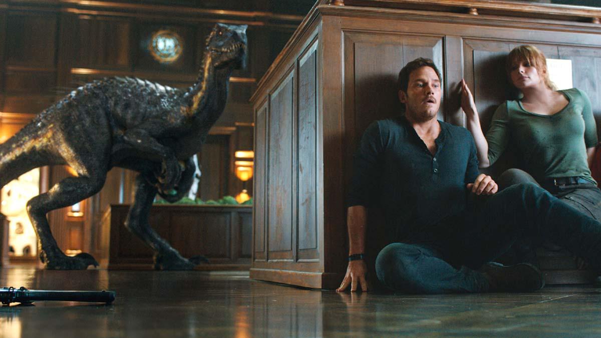 Jurassic World: Fallen Kingdom - Owen and Claire 2