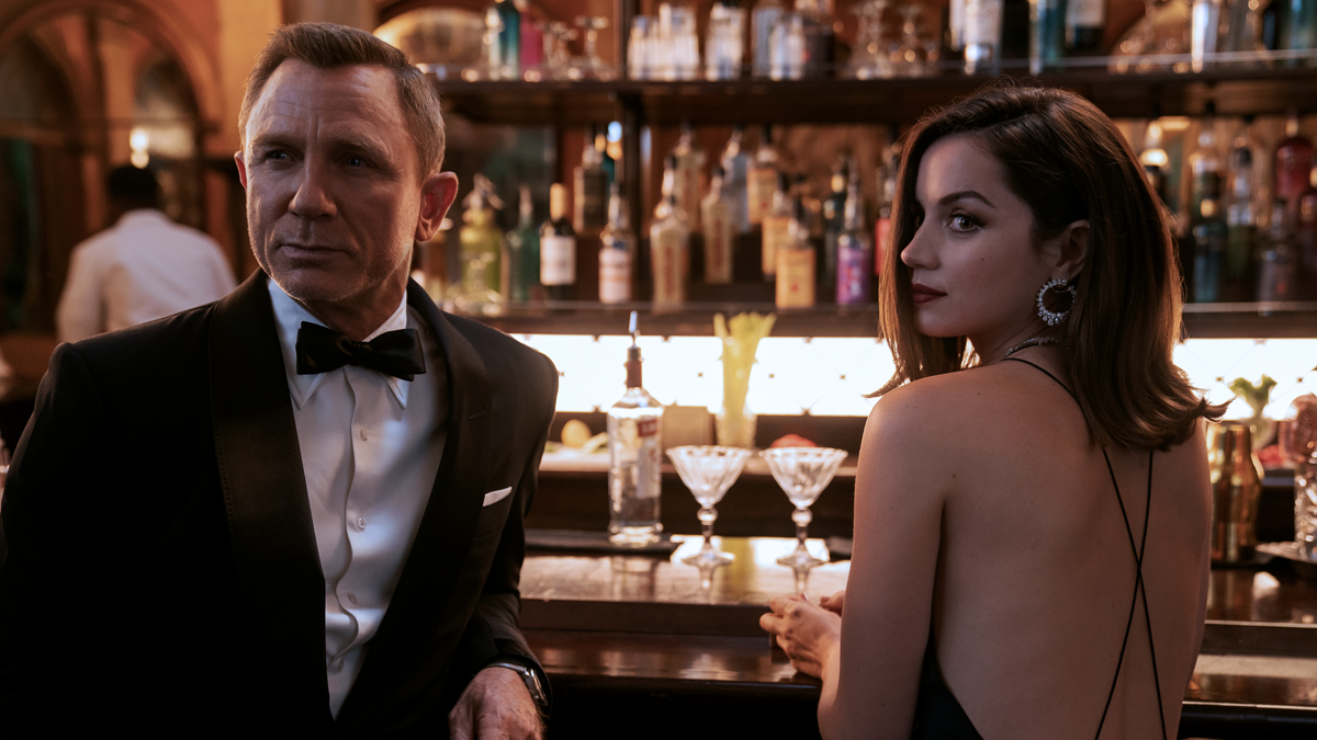 No Time to Die - Bond and Paloma